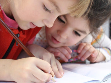 Una nueva estrategia fortalecerá la atención sanitaria en la infancia y en la adolescencia